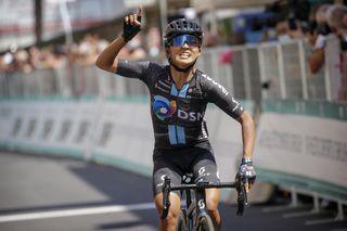 Coryn Rivera (Team DSM) wins stage 10 at the Giro d'Italia Donne