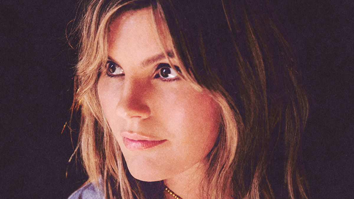 Cosmic singer Grace Potter will rock a space-themed set tonight. Watch it live online!