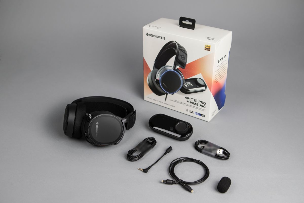SteelSeries Arctis Pro + GameDAC Review: Audiophile-Grade