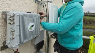 EE s micro network brings connectivity to rural communities