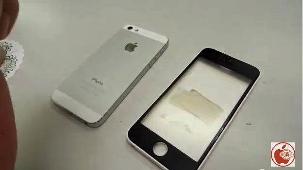Possible iPad 5, iPhone 5C casings flipped and gripped in new videos