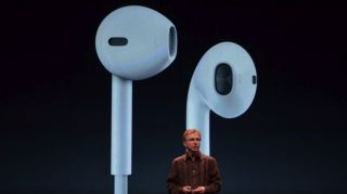 Apple EarPod headphones 'more durable' but still 'throw away'