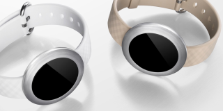 Honor teases a minimalist, mystery smartwatch