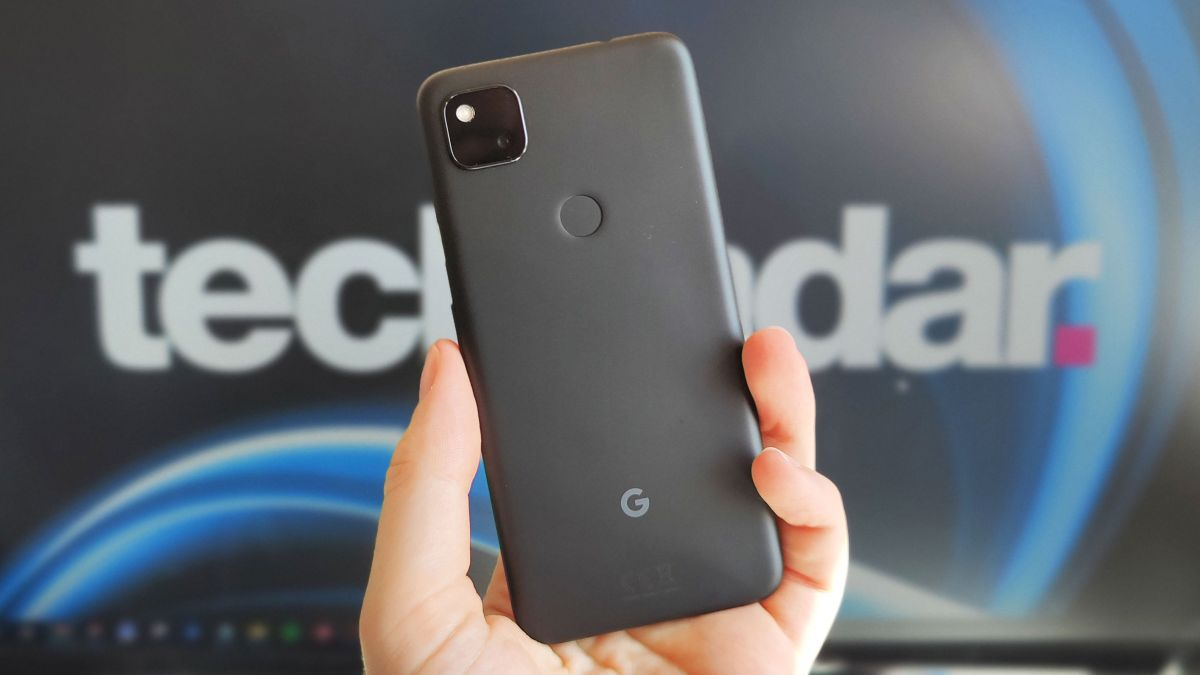 Tech News - Hands-on Pixel 5 and Pixel 4a 5G image is the latest to leak out thumbnail