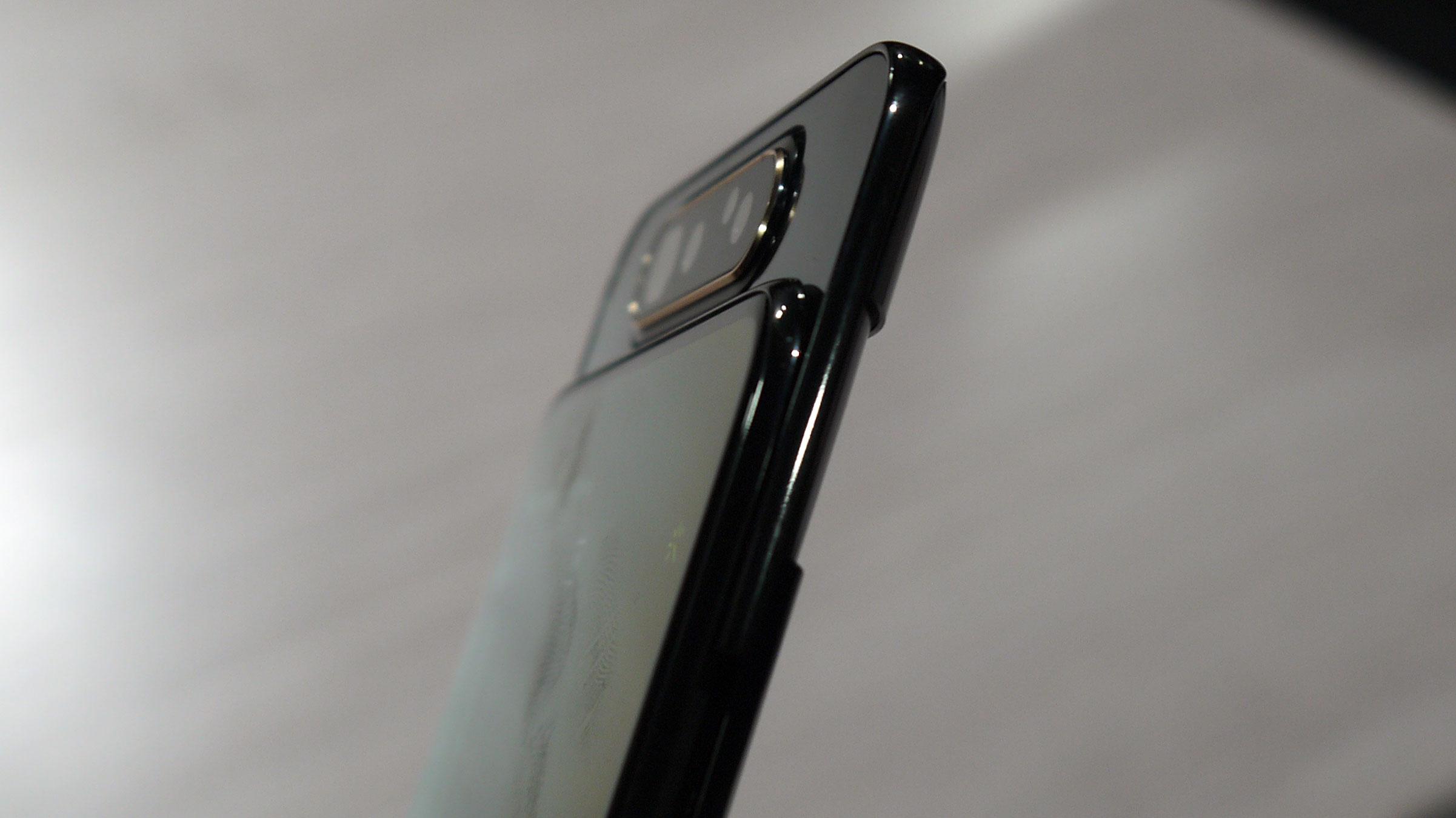 Samsung Galaxy A80 vs Galaxy S10: Qual è la differenza tra Samsung nuove ammiraglie?