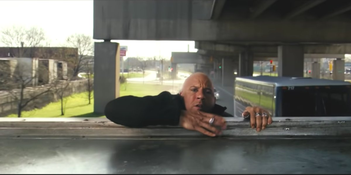 Xander Cage pulling himself up in xXx: Return Of Xander Cage