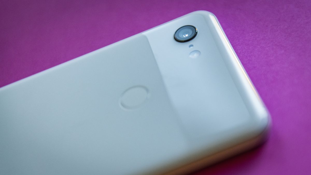Can the Google Pixel 3 XL outperform a compact camera... or even a DSLR?