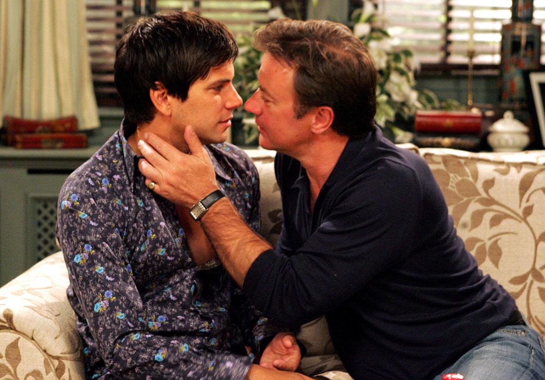 Grayson kisses Paul