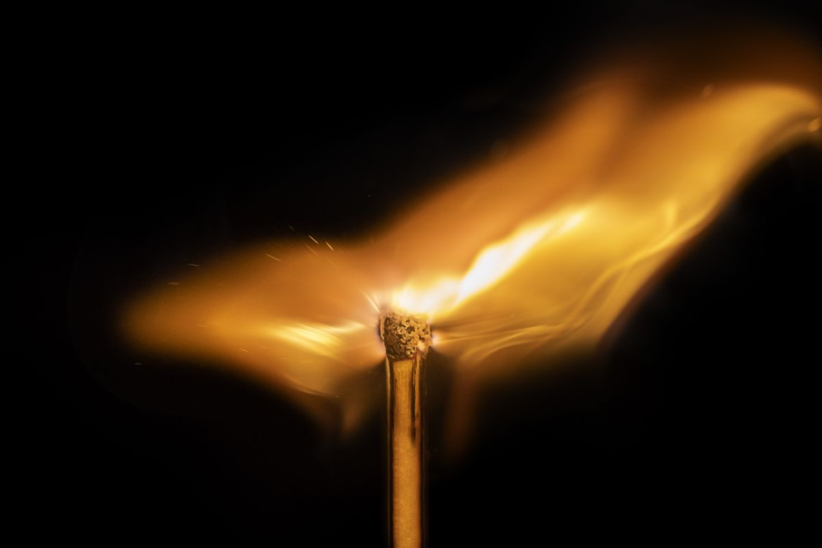 Home photography ideas: Capture unique fire photography with a simple matchstick