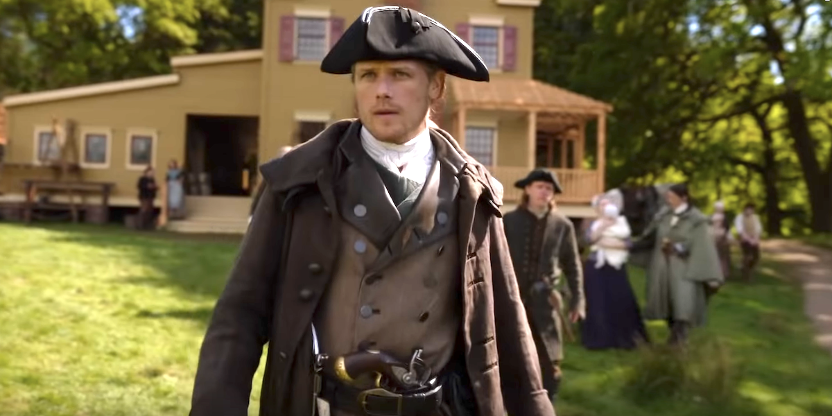 Why Outlander Made The Frasers' House So Big