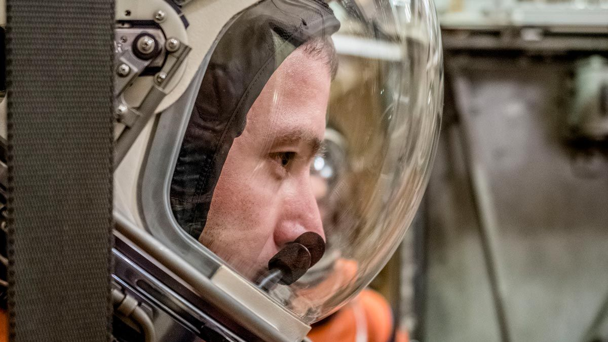 Orion Spacesuits Are Put to a Vacuum Test at NASA (Photos