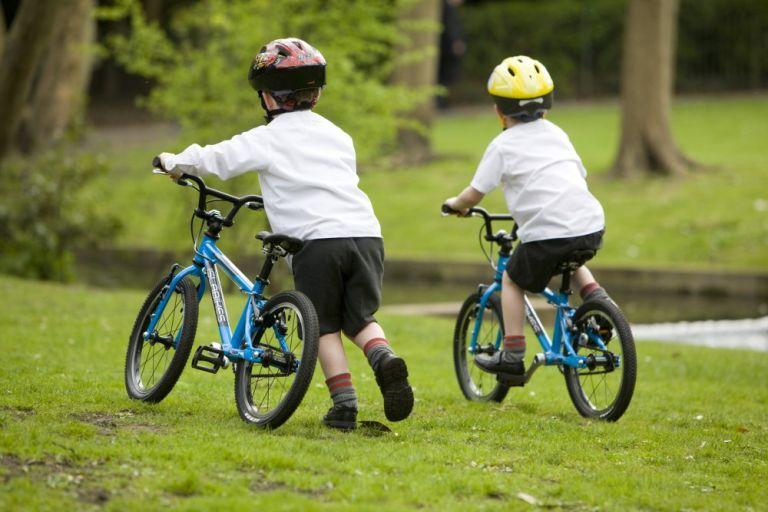 balance bike or stabilisers