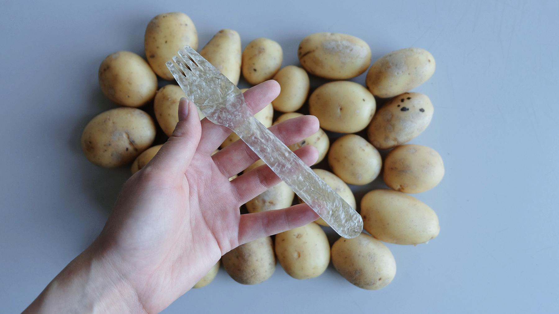 Graphic design game changers: Törnqvist's potato starch cutlery