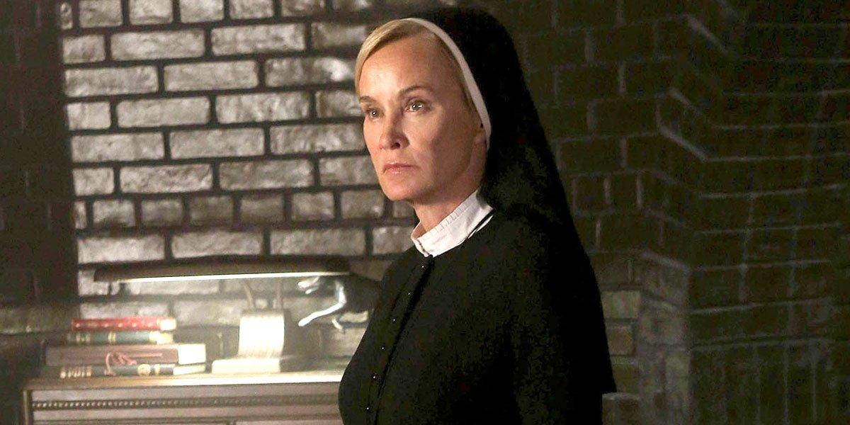 Jessica Lange in American Horror Story: Asylum FX