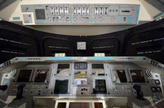 space shuttle independence cockpit