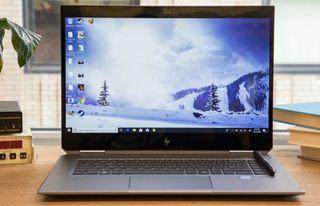 Para estaciones de trabajo para estudiantes de ingeniería universitaria: HP ZBook Studio x360 G5