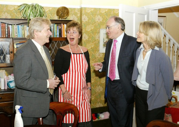 Michael Howard (second right) meeting Coronation Street actors Anne Kirkbride (second left) and William Roache