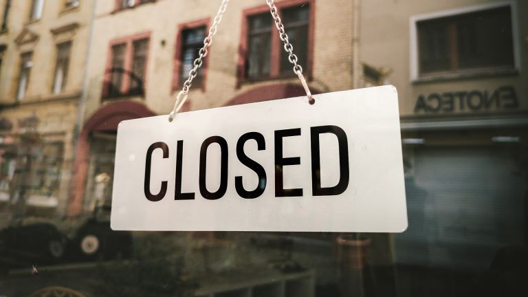 Closed shops for lockdown: closed sign