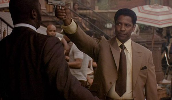 Denzel Washington plays a legendary gangster in American Gangster