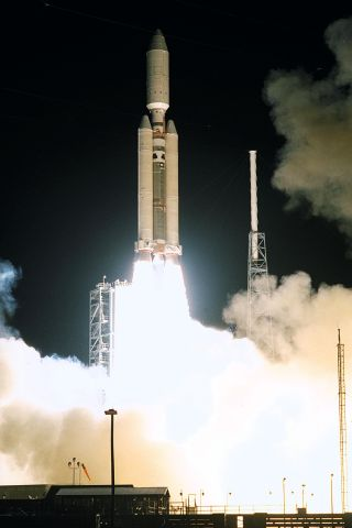 On This Day in Space! Oct. 15, 1997: Cassini-Huygens Probe Launches to Saturn