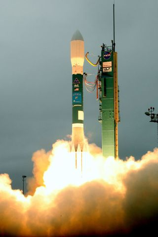 Earth-Watching Satellite's Launch Success Sets Rocket Record