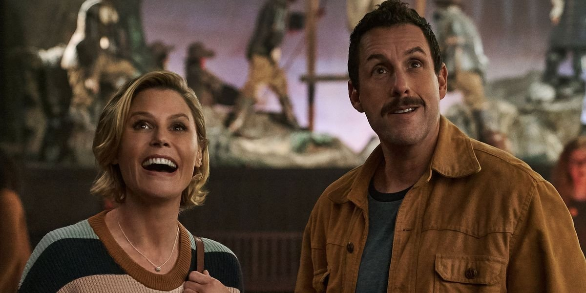 Julie Bowen and Adam Sandler in Hubie Halloween