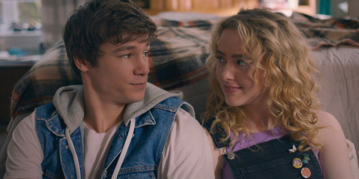 Kyle Allen, Kathryn Newton - The Map of Tiny Perfect Things