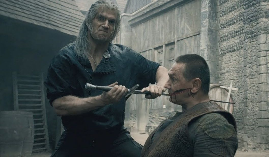 Henry Cavill shows how he chopped up eight guys at once in a Witcher fight scene