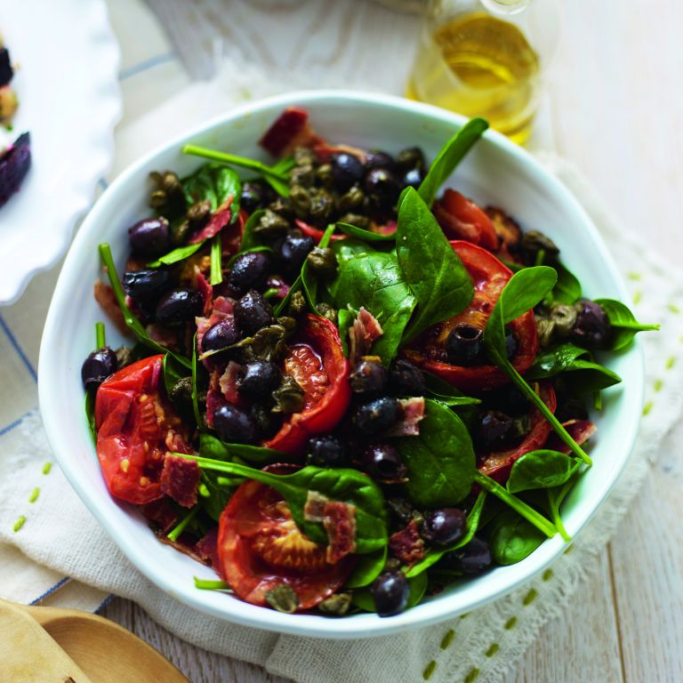 Slow-Roasted Bacon and Spinach Salad-woman and home