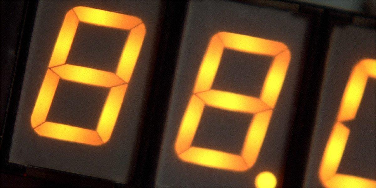 88mph DeLorean Time Machine in Back To The Future