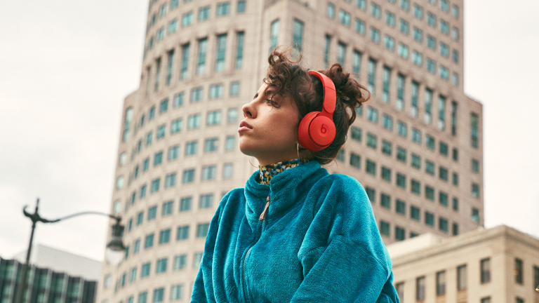 Apple introduces new Beats Solo Pro wireless noise-canceling headphones