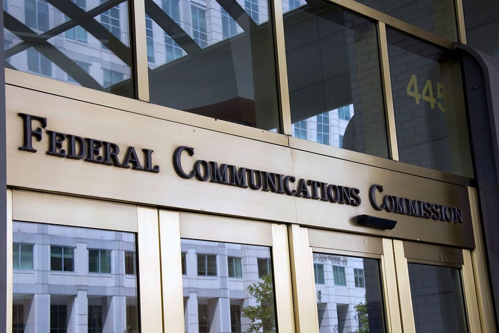 FCC loses legal battle to hide IP addresses of net neutrality comments