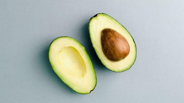 How to lower cholesterol: avocado