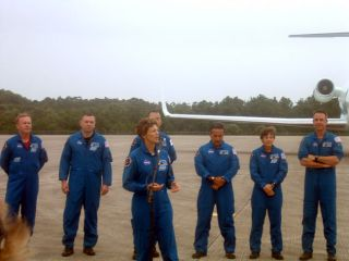 Discovery's STS-114 Crew Arrives at Launch Site