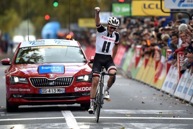 Søren Kragh Andersen triumphant in new-look Paris-Tours - Cycling Weekly 5600a054d