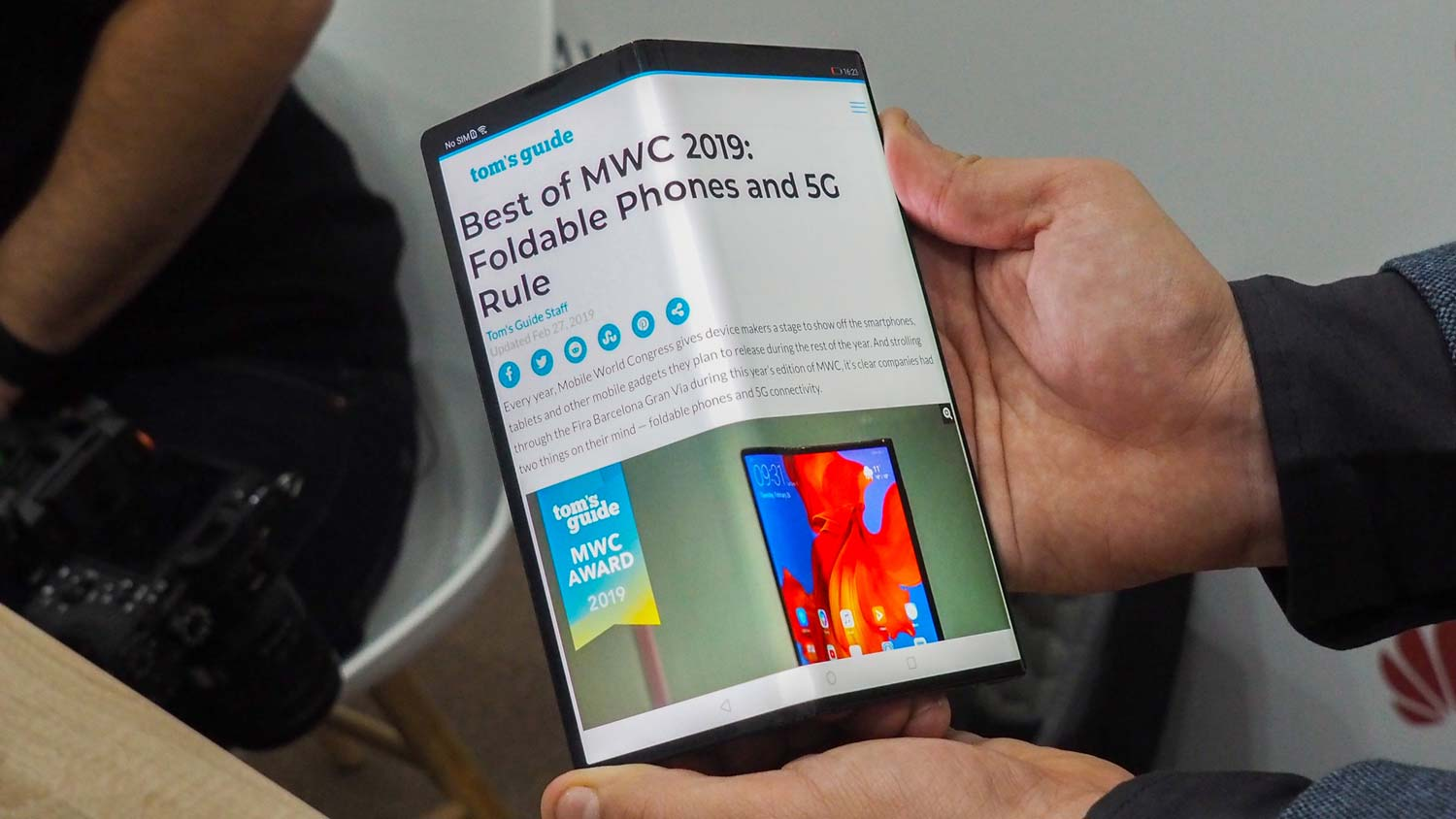 Huawei Mate X Review: First Impressions, Specs and a New