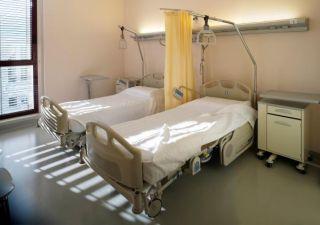 hospital-room-11090202