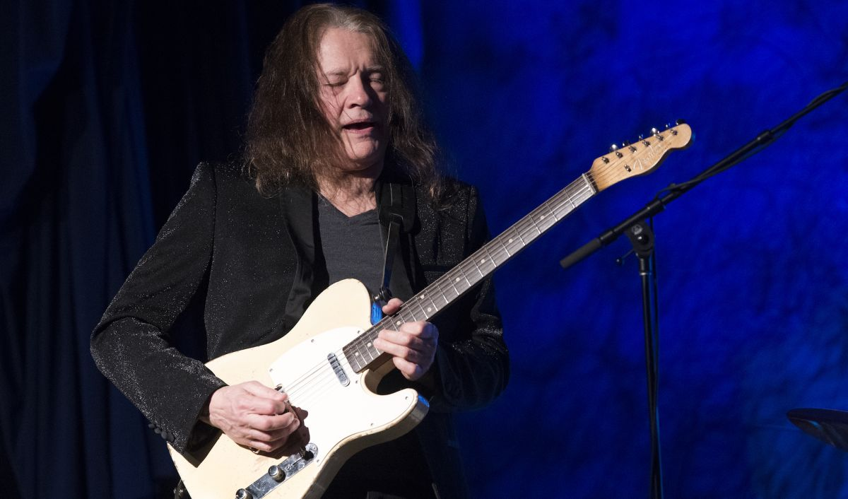Robben Ford Announces 'Pure,' His First Instrumental Studio Album Since 1997