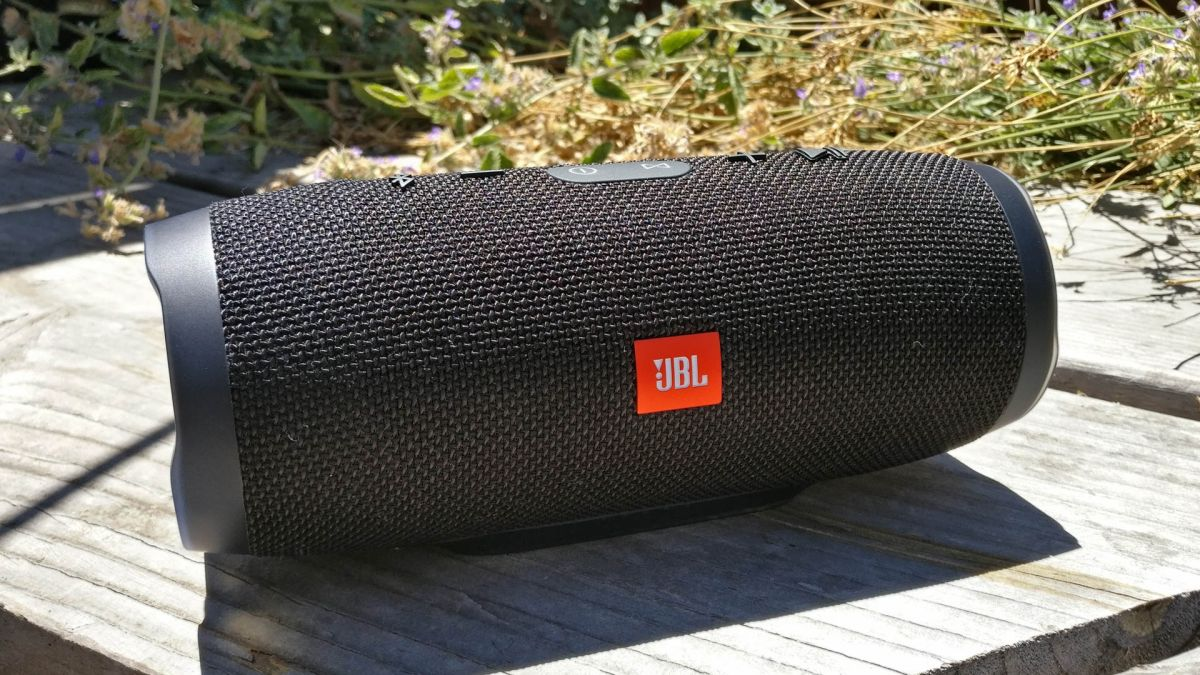 Jbl Charge 3 Bluetooth Speaker Review Techradar