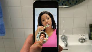 Facebook to rival Snapchat with own video messaging service