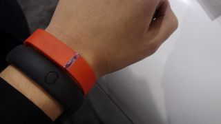 Fitbit adds wireless syncing for Android, following Nike FuelBand snub