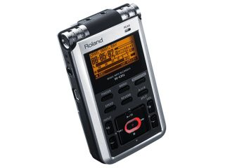 The R-05 can automatically set the optimum recording level.