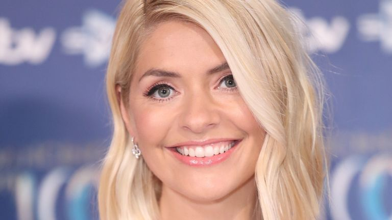 holly willoughby smiling