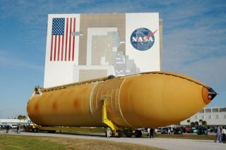 NASA Delivers Next Fuel Tank for Shuttle