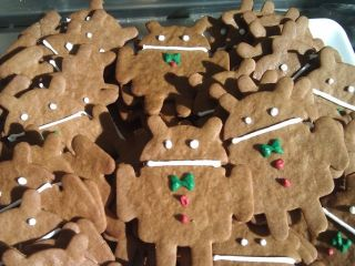 Celebratory Gingerbread Androids doing the rounds at Mountain View, we expect