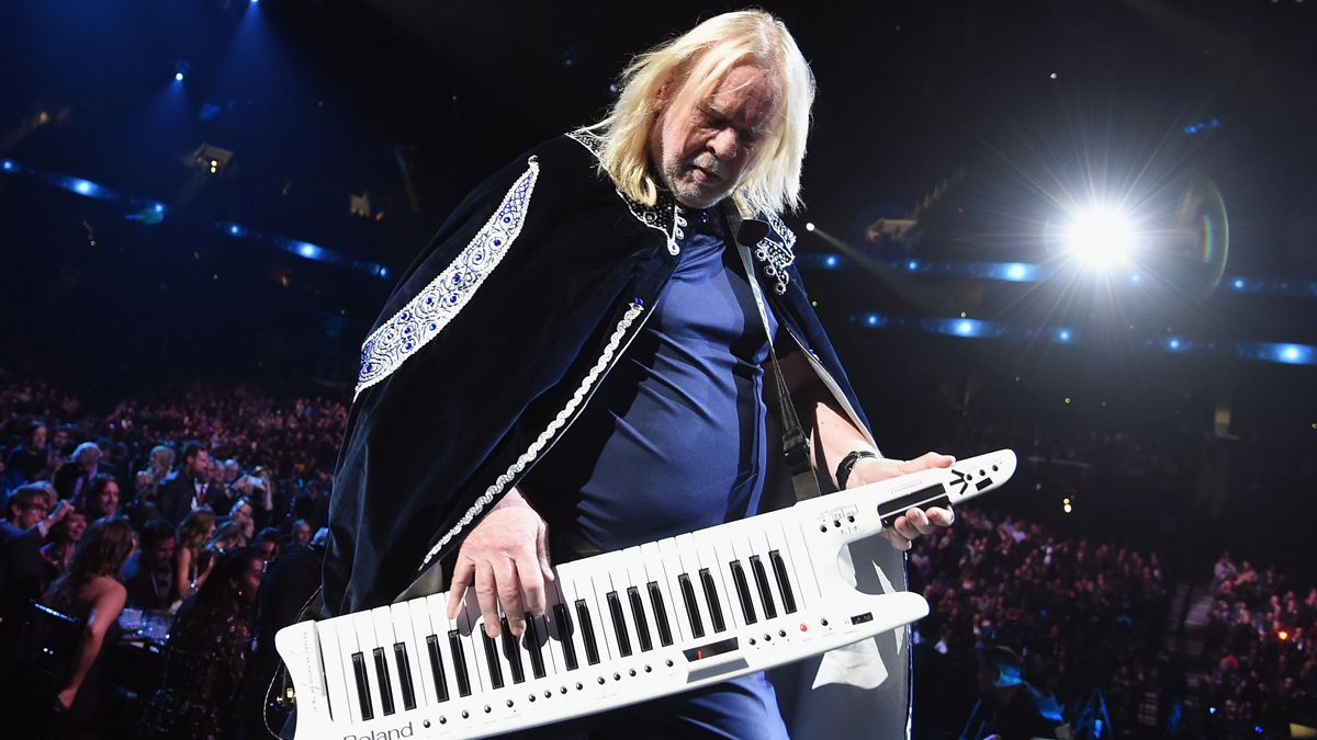 5 ways to play keyboards like Rick Wakeman