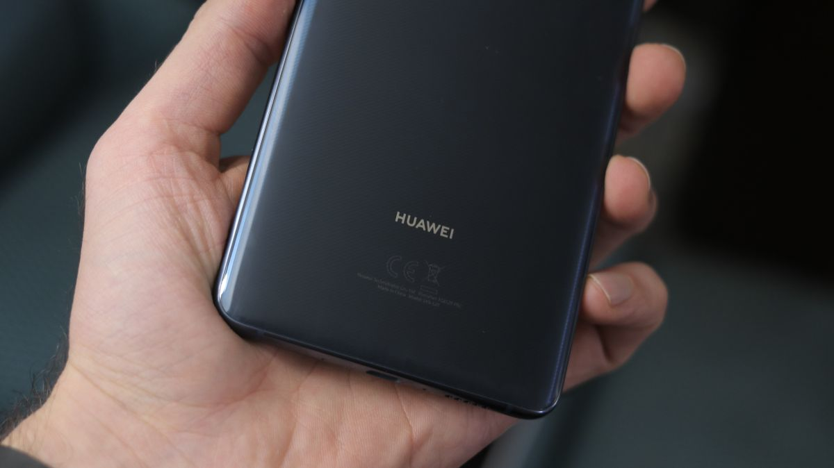 Huawei to move R&D facility to Canada as US row continues