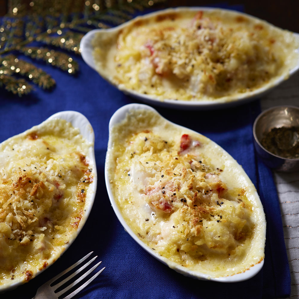 Our tasty scallop starter gratin is an indulgent way to start off Christmas day