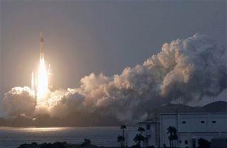 Japanese Internet Satellite Reaches Orbit