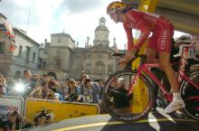 Bradley Wiggins (Cofidis) starts his 2007 Tour de France in London